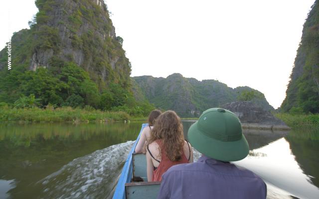 Hanoi - Ninh Binh Day Trip