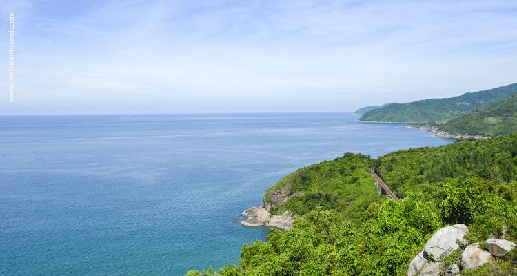 Beautiful beaches Da Nang