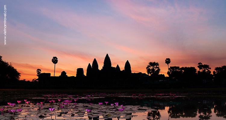 Day 2: Explore Angkor Wat Complex.