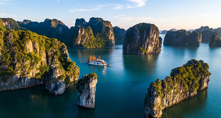 Day 4: Ninh Binh – Cruise  Halong Bay.