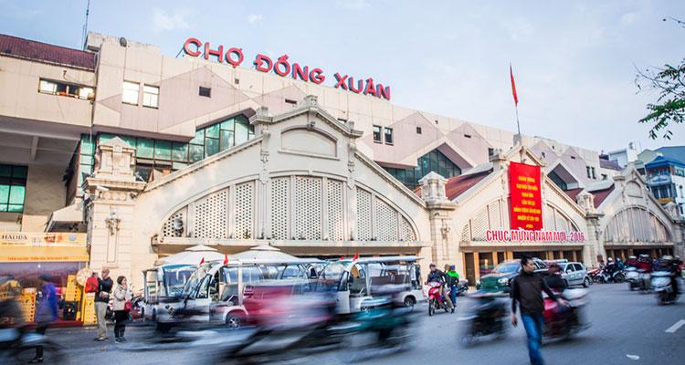 Dong Xuan Market hanoi vietnam