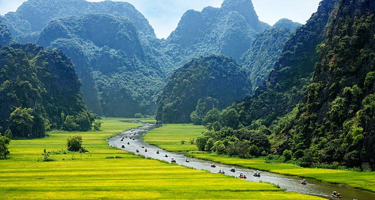 Day 3: Hanoi –  Bai Dinh, Trang An, Ninh Binh.