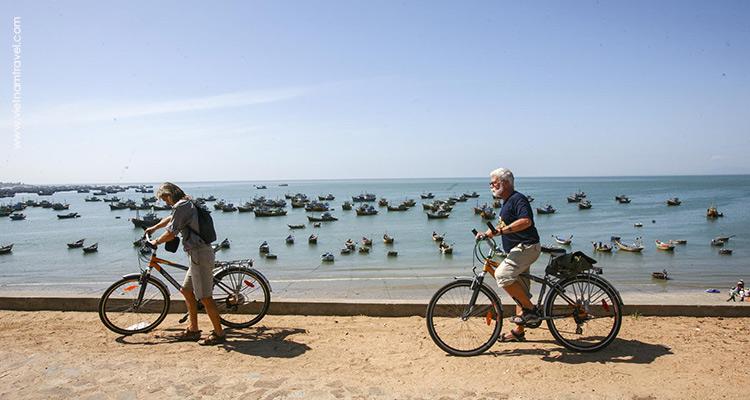 Day 4: Saigon – Drive to Muine.