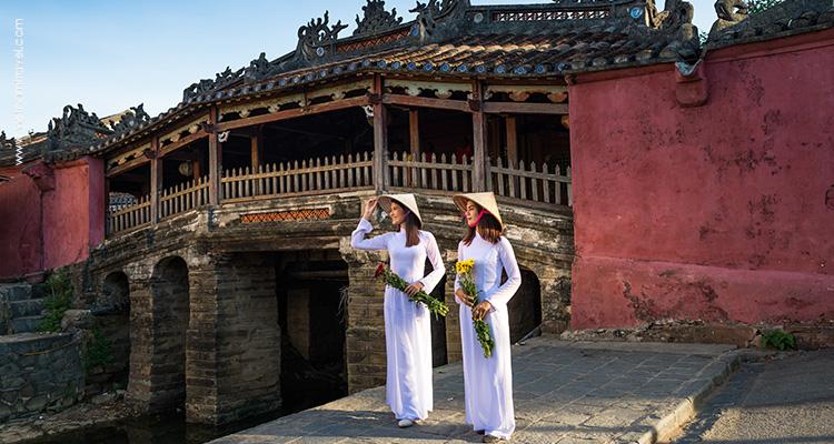 Day 11: Hue City Tour – Hai Van Pass – Danang – Hoian.