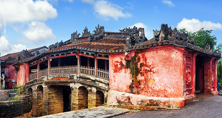 Day 9: Hoian Ecotour – Explore the ancient town.