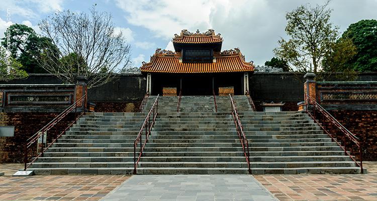 Day 5: Hoian – Danang – Hue.