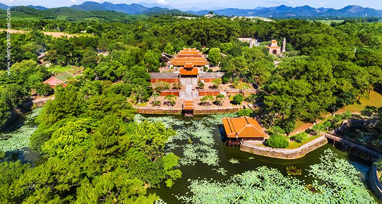 Day 6: Hoian – Drive to Hue – City Tour.