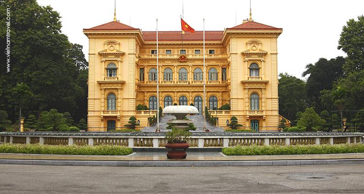 Day 1: Hanoi Arrival.