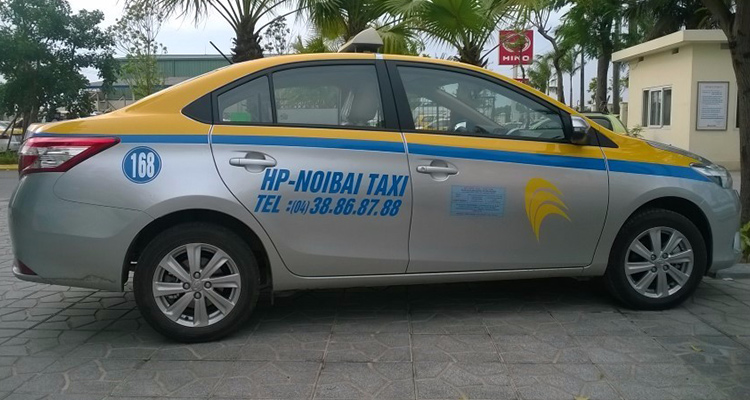 How to get to Hanoi City from Airport- Private car