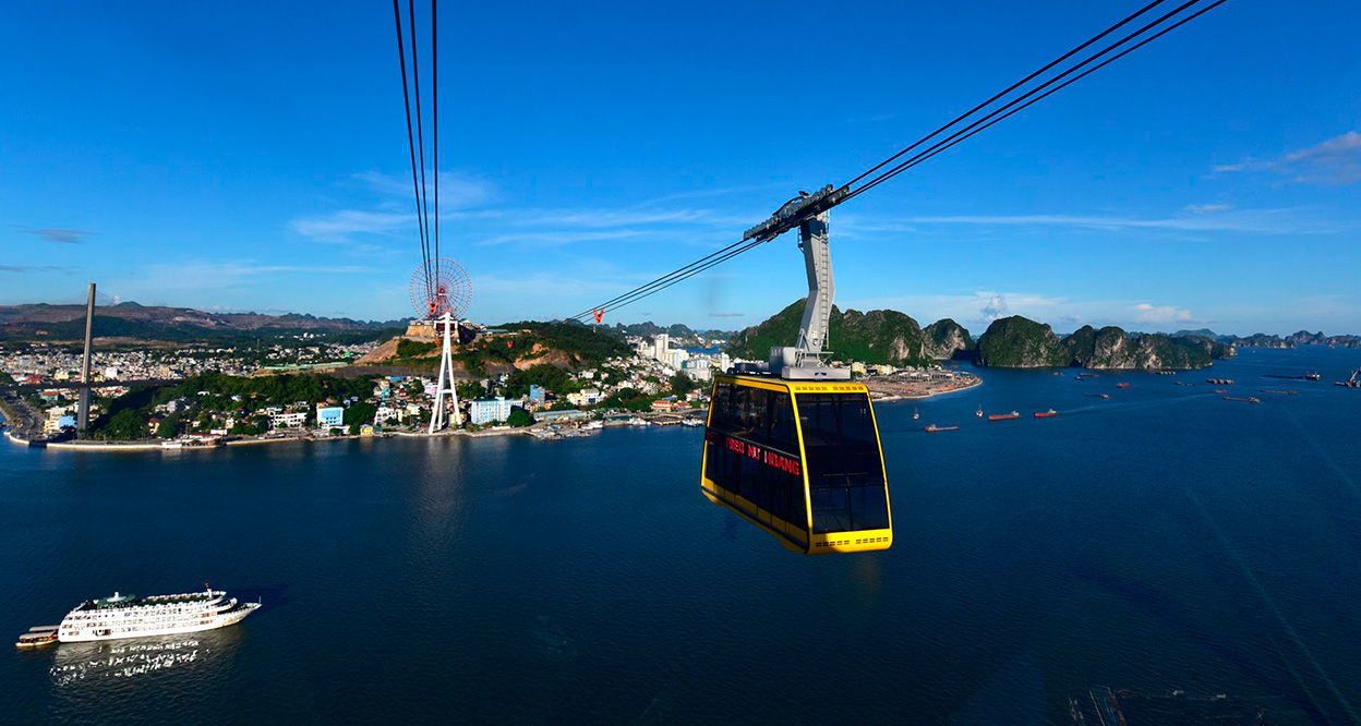 Queen cable car and Sun wheel