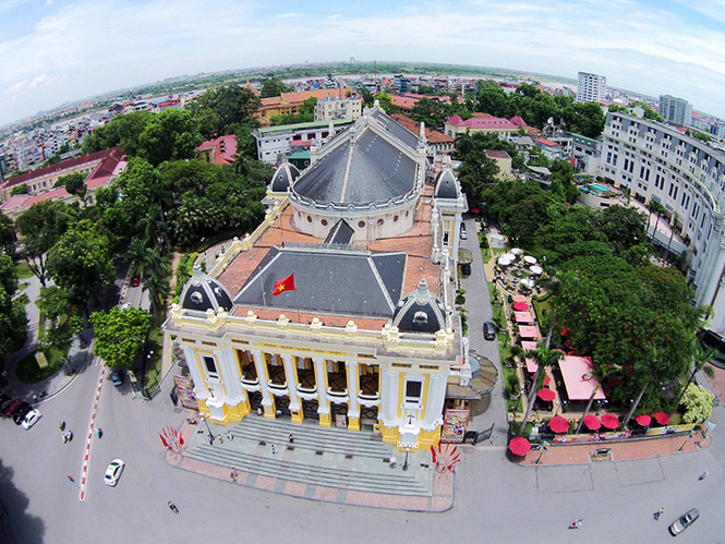 Opera House-Ha-Noi