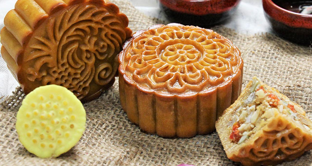 moon cakes Traditional mixed flavor
