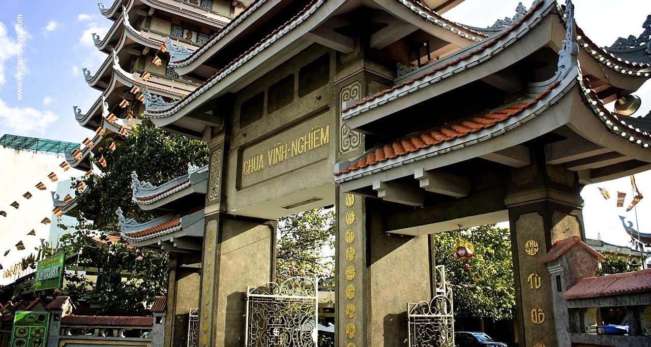 vinh nghiem pagoda vietnam