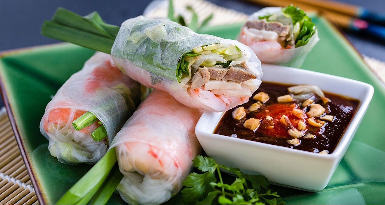 Goi cuon is a delicious and fresh spring rolls