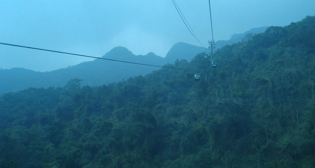 Yen Tu cable car system