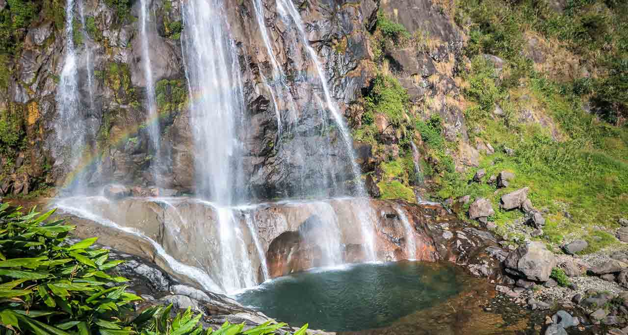 Tac Tinh Waterfall