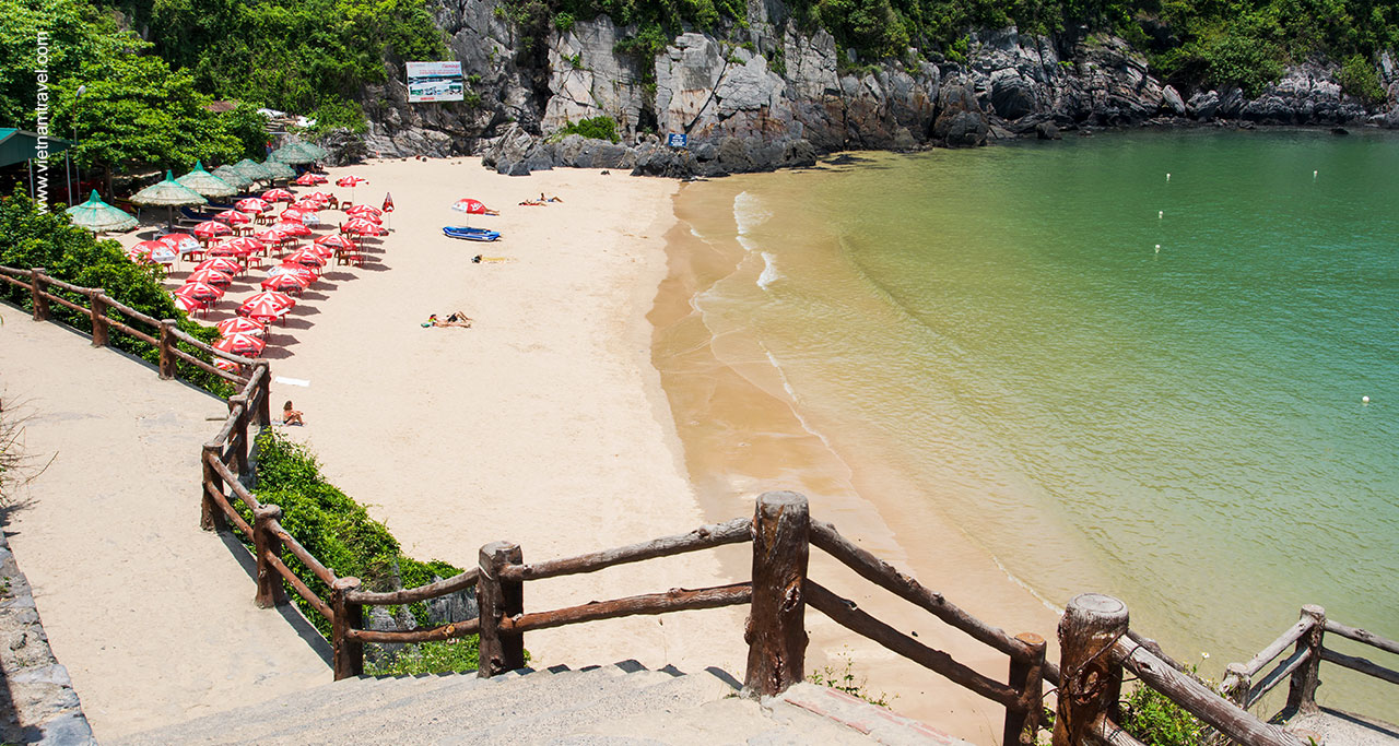 A beach in Cat Ba island
