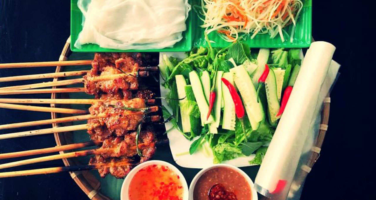 Banh Uot Thit Nuong is known as a popular dish in Hue Ancient Capital