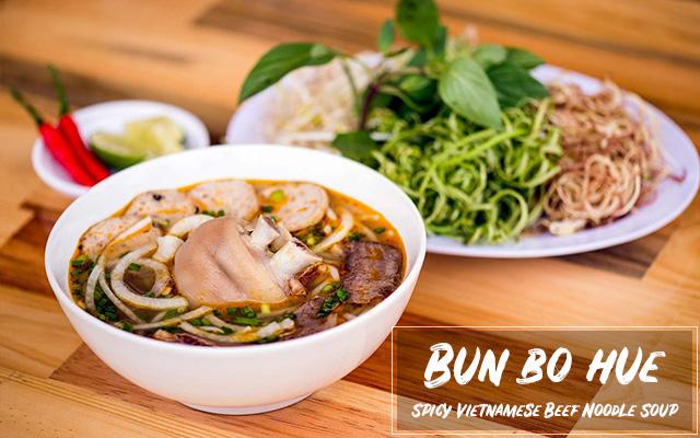 Bun Bo Hue (Spicy Vietnamese Beef Noodle Soup)