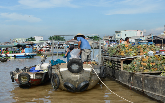 Top Floating Markets in Mekong Delta