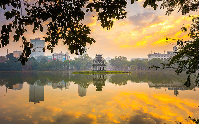Overview of Hoan Kiem Lake, Hanoi