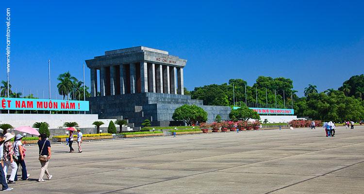 Ho Chi Minh Mausoleum - hanoi vietnam